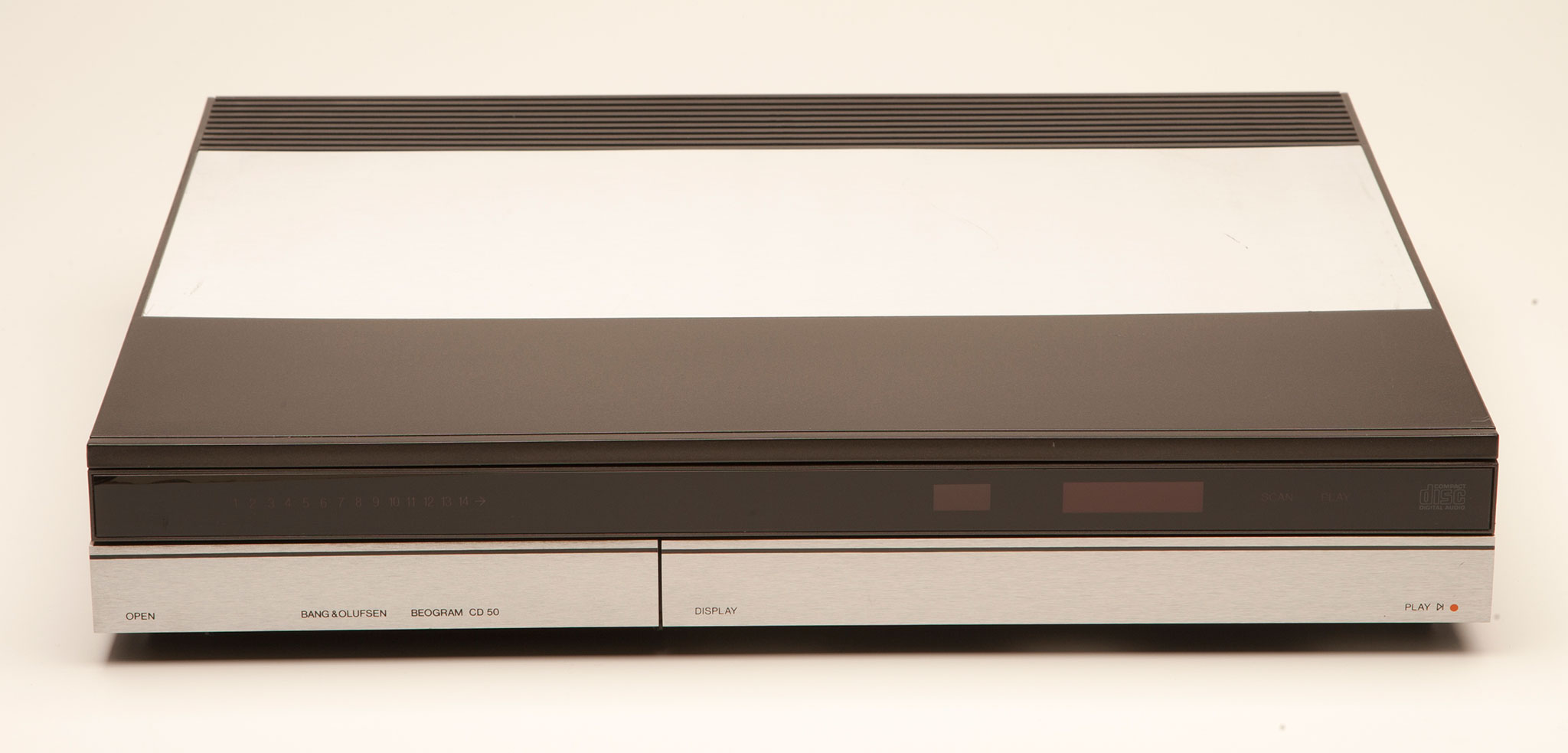 bang olufsen beogram cd50 compact disc player ebay. Black Bedroom Furniture Sets. Home Design Ideas